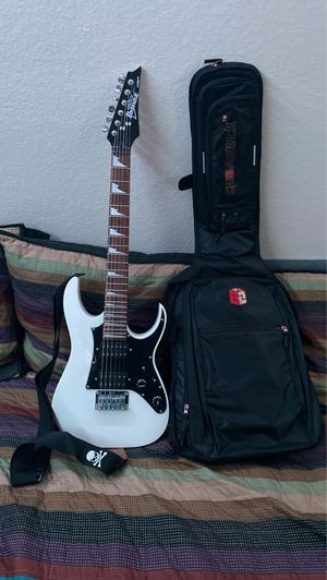 Ibanez mini size guitar with travel backpack strap case and strap for Sale in Costa Mesa, CA