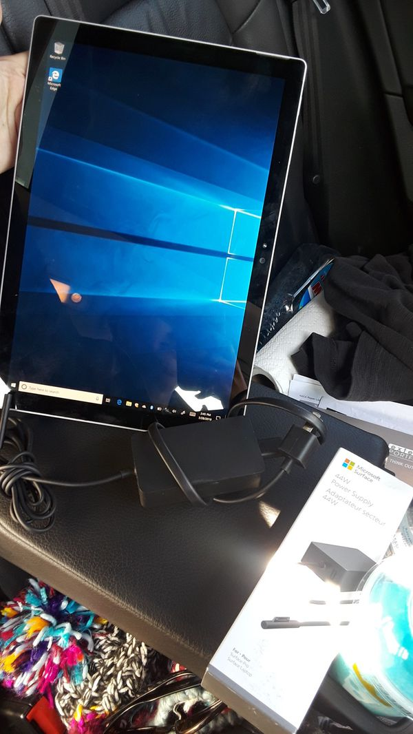 Microsoft Surface with charger (brandnew - no box)