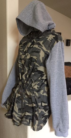 Women's Camo gray zip up hoodie jacket 3X urban style for Sale in Vancouver, WA