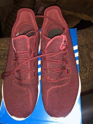 Adidas Tubular Men Sz 9 for Sale in Oxon Hill, MD