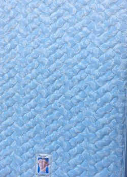 Queen Mattress & Boxspring READ DETAILS for Sale in St. Louis,  MO