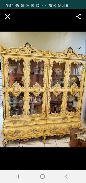 Antique Country French, Rococo China cabinet Excellent condition for Sale in Plantation, FL