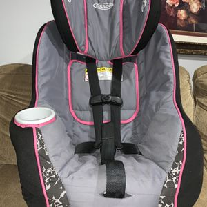 Graco Fit4Me 70 Car Seat for Sale in Woodbridge, VA