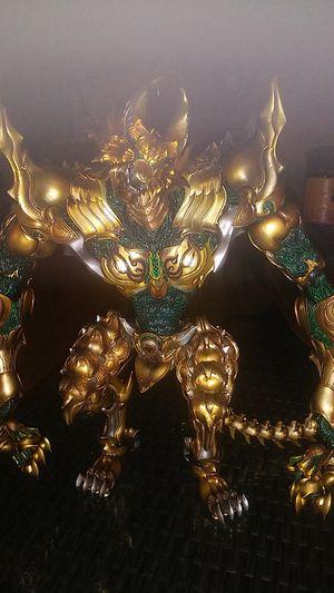 Gold Knight Garo: Berserk Garo & Damaged Zaruba Action Figures by Bandai for Sale in Montebello, CA