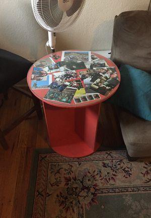 End/side table for Sale in Denver, CO