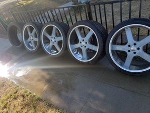 """22"""" 5 lug wheels came off dodge charger for Sale in Fresno, CA"""