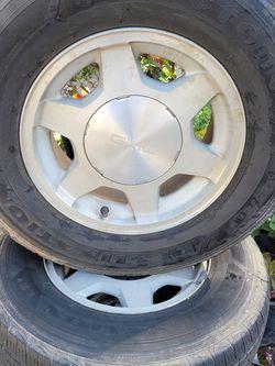 Llantas Para Gmc Sierra O Chevy Silverado for Sale in Los Angeles,  CA