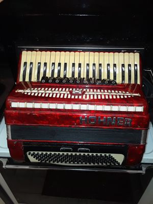 BEAUTIFUL Red Pearl HOHNER Acordiano for Sale in US