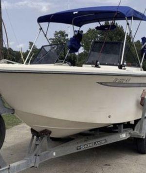 Above Average 198 McKee Craft Hammerhead Walk Through Deep V Fishing Boat - w/ Yamaha 200 Salt Water Series $ 9,995 OBO for Sale in Humble, TX