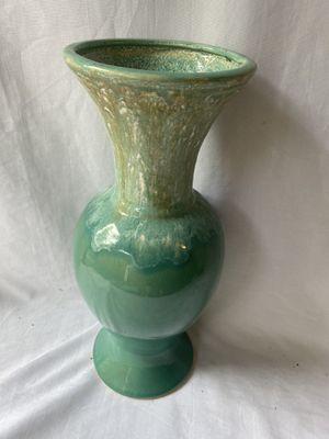 Large vintage ceramic vase for Sale in Lynnwood, WA