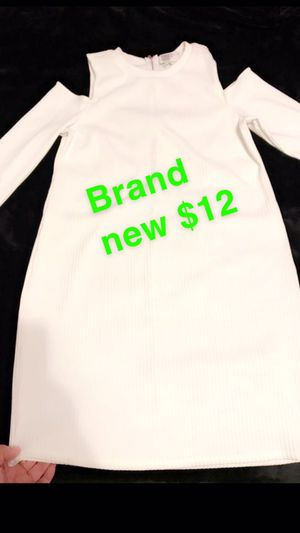 Forever21 all white dress for Sale in Santa Ana, CA