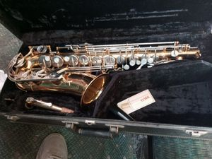Vito saxophone for Sale in Newark, CA