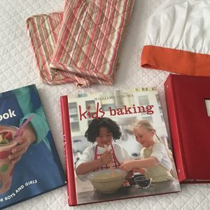 Kids Cooking Bundle- Includes 2 Kids Cookbooks, 1 New Recipe Book, Toque And Oven Mits for Sale in Moseley, VA