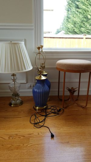 Lamps, stool $10 each for Sale in Black Diamond, WA