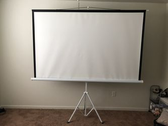 Projector screen for Sale in San Angelo,  TX