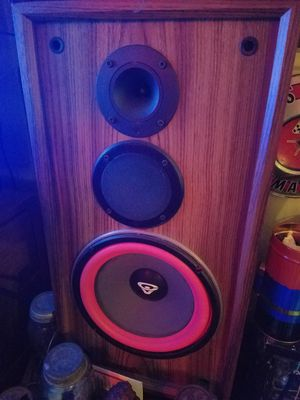 Vintage cerwin vega DX series 10 inch sub 3 way VERY NICE for Sale in Seattle, WA
