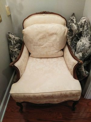 Antique Victorian Chair ( Chaise) for Sale in Tampa, FL