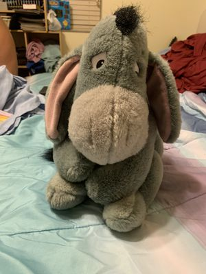 Eeyore plush- large. Winnie the Pooh plush Disney In good condition for Sale in Columbus, OH