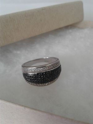 Black Spinel and Genuine White Zircon Ring, Size 5, Platinum over Sterling Silver for Sale in Woodbridge, VA
