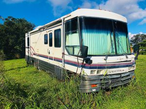 1994 Winnebago Vectra 34 ft. [GAS] for Sale in North Miami, FL