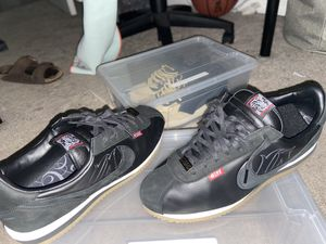Nike cartoon Cortez 's (size :11 for Sale in Pflugerville, TX