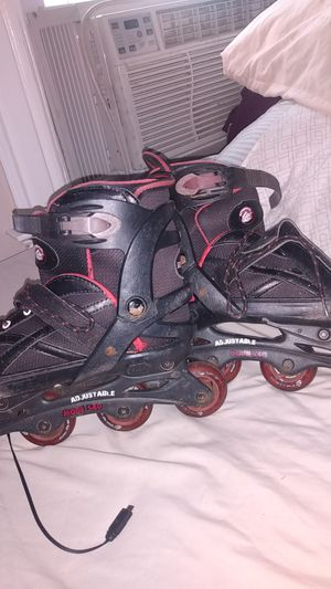 Rollerblades mongoose for Sale in Hartford, CT