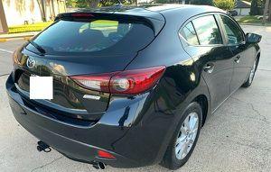 $1,OOO Selling my 2015 Mazda Mazda3 for Sale in Grand Rapids, MI