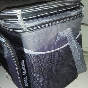 Ozark Trail Soft Sided Cooler With Storage Pockets and Expandable Top for Sale in Oklahoma City, OK