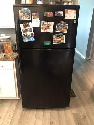 GE refrigerator for Sale in New Castle, DE