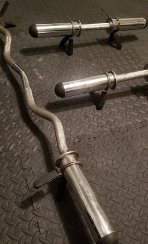 Set of Dumbbell Handles and Curl Bar with Clamps for Sale in Rosenberg, TX