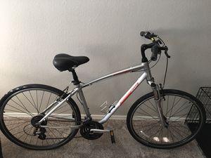 Giant 'cypress' Men's mountain bike for Sale in Phoenix, AZ