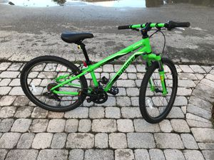 Specialized hot rock mountain bike for Sale in Pompano Beach, FL