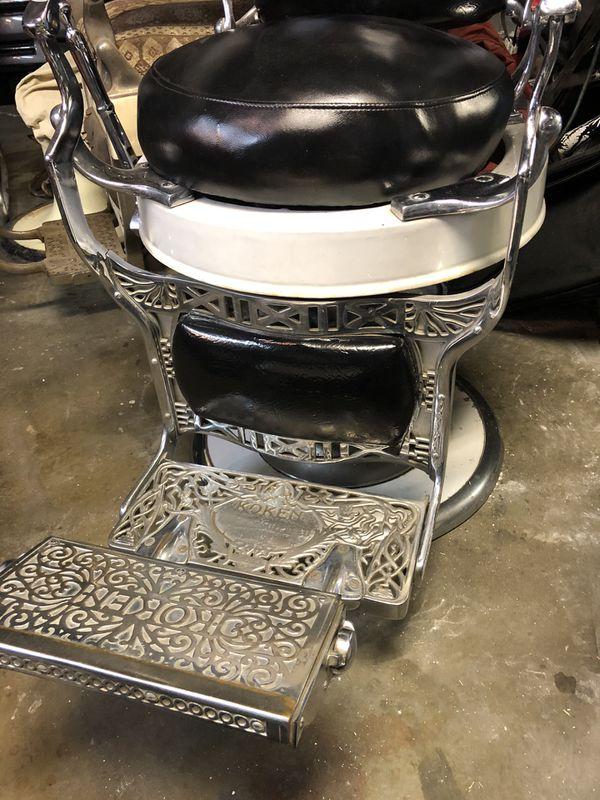 Koken Round Bottom Barber Chair