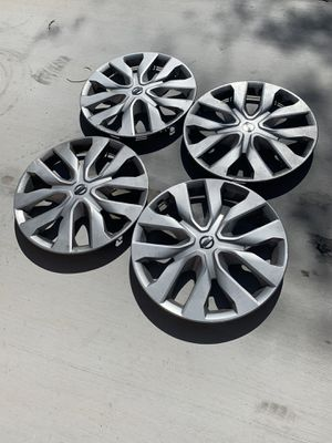 "17"" Nissan hub caps for Sale in Las Vegas, NV"