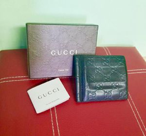 100% authentic Gucci wallet for Sale in Orlando, FL