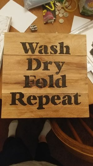 Homemade and painted pallet sign for Sale in Kingsport, TN