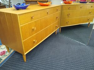 Nice Mid Century Credenza for Sale in Lakewood, CO