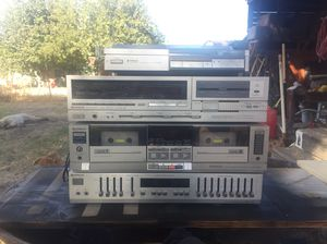 Hitachi stereo with turn table for Sale in Sanger, CA