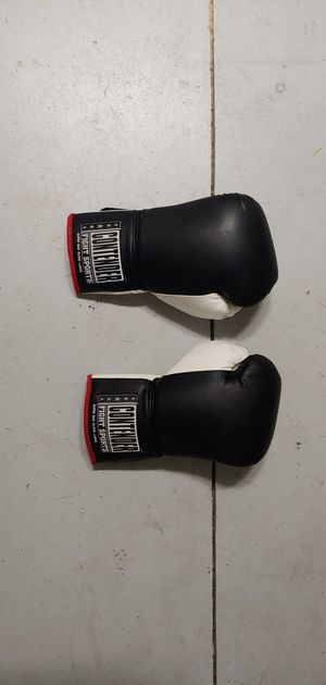 Contender Fight Sports Boxing Gloves for Sale in Wesley Chapel, FL