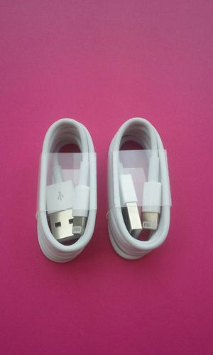 2 (1m) Apple IPhone Lightning Usb Cables for Sale in Lincoln Acres, CA