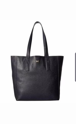 New Michael Kors Junie Large Tote Leather Admiral for Christmas (100% Authentic) for Sale in Chino, CA