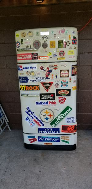 GE refrigerator. Circa 1950's. Still runs good. Would be a good project to refurbish for fans of retro decor. for Sale in Steubenville, OH