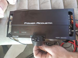 Power Acoustik 2500W Amp for Sale in Poway, CA