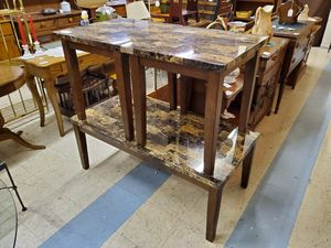 3 Piece Ashley Signature Faux Marble Coffee Table and 2 Side Tables for Sale in Bechtelsville, PA
