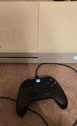 Xbox One w/controller for Sale in Powder Springs,  GA