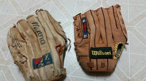 Baseball Gloves for Sale in Dickinson, TX