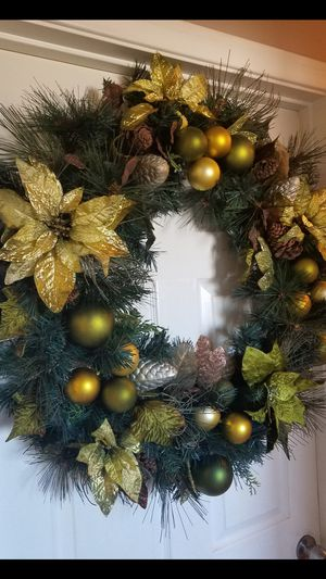 Big Christmas Wreath for Sale in Downey, CA