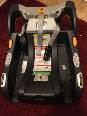Infant Car Seat Base -Chicco KeyFit Infant Car Seat Base, Anthracite for Sale in Renton, WA