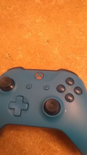 Xbox one controller for Sale in Abilene, TX
