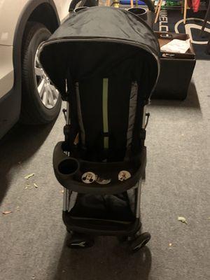 Zobo lightweight umbrella stroller for Sale in Rialto, CA